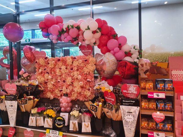 Organic Baloon Garlands (2)